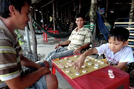 Chinese Chess Played By Vietnamese