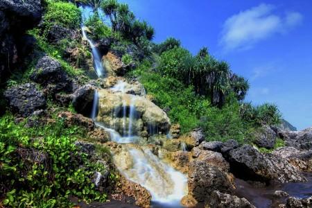 parangtritis waterfall