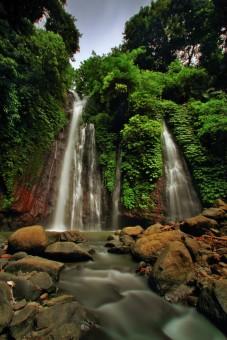 Seririt Waterfall
