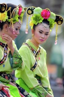 Chinese Dress dancer