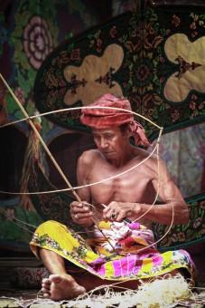 Traditional Kite Making