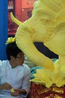 Membuat Gajah