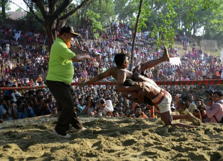 Traditional Wrestling Game