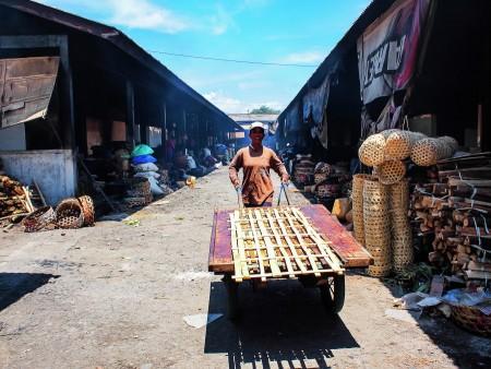 Kusamba Market