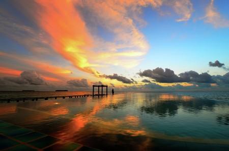 Reflections of Maldivian Sky