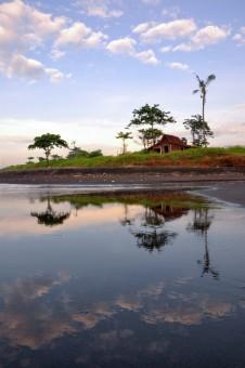 Classic House at Gumicik Beach Bali