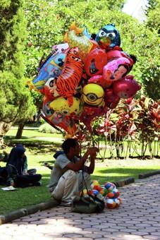 Penjaja Balon Anak