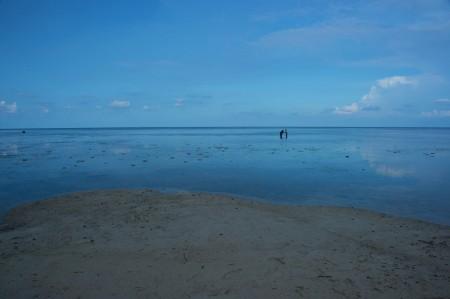 Cintaku di Pantai Bama